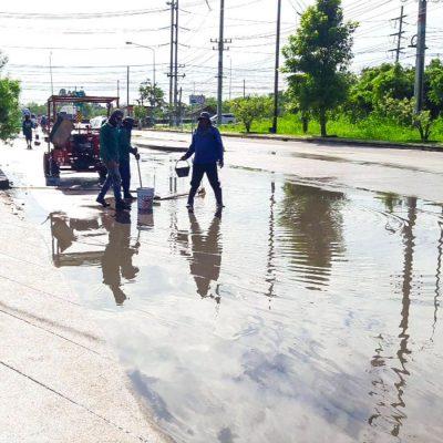 น้ำขังบนพื้นถนนคอนกรีต05