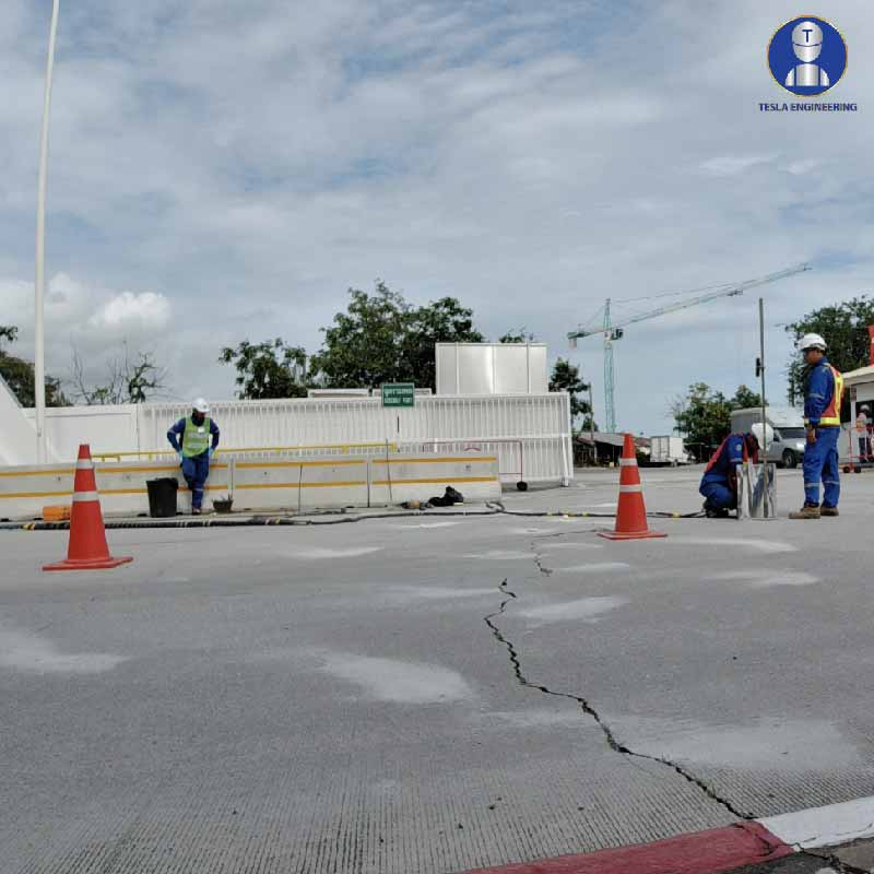 ซ่อมถนนแตกร้าว